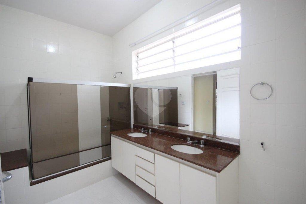 Venda Casa térrea São Paulo Pacaembu REO106116 32