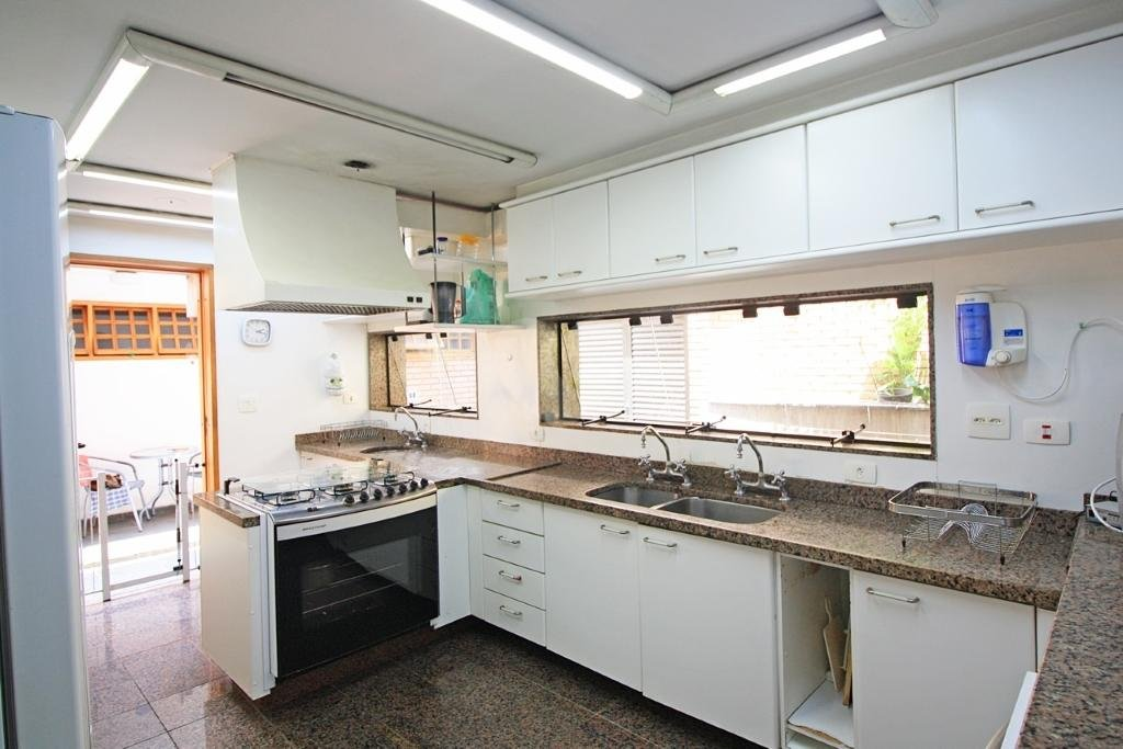 Venda Casa São Paulo Alto De Pinheiros REO107335 26