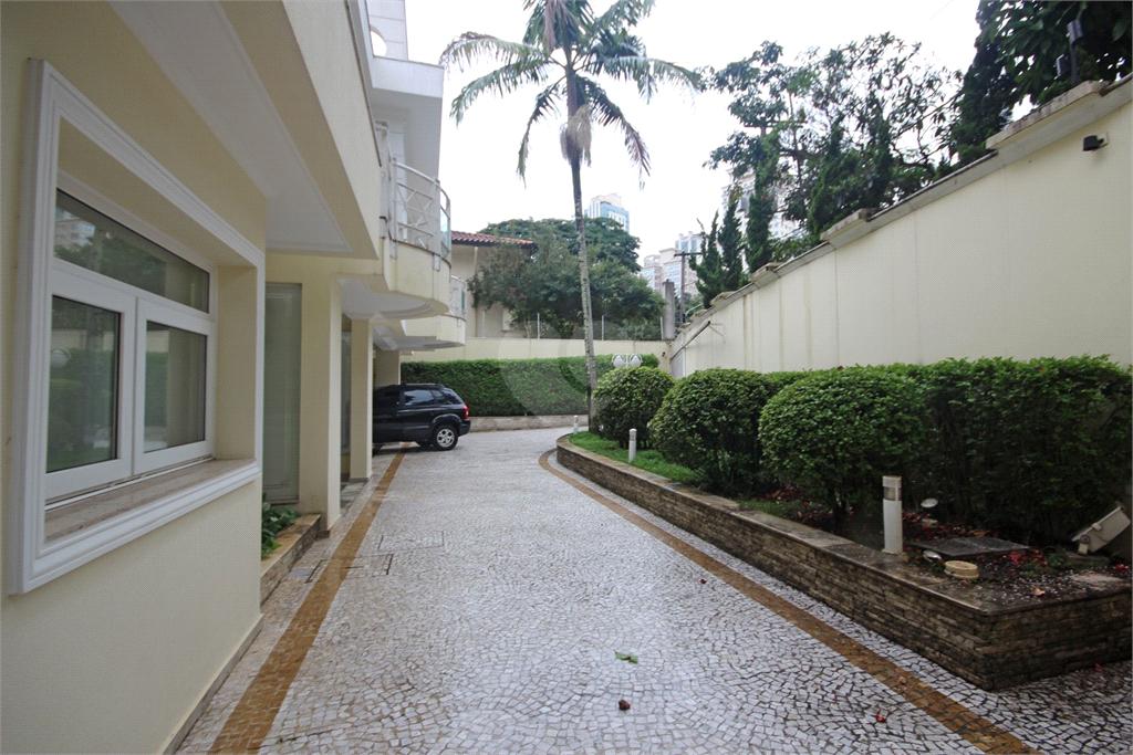 Venda Casa São Paulo Pacaembu REO10820 64