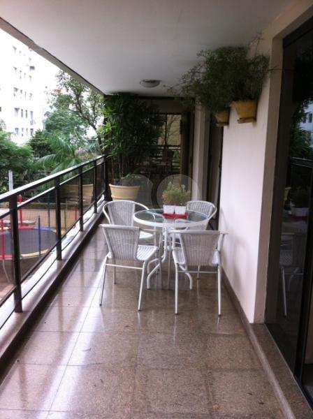 Venda Apartamento São Paulo Real Parque REO117740 11