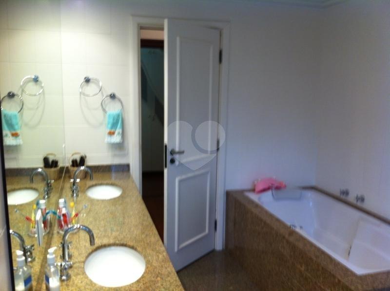Venda Apartamento São Paulo Real Parque REO117740 48