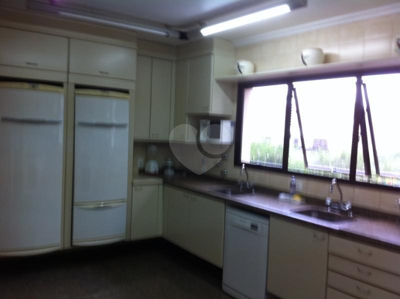 Venda Apartamento São Paulo Real Parque REO117740 38