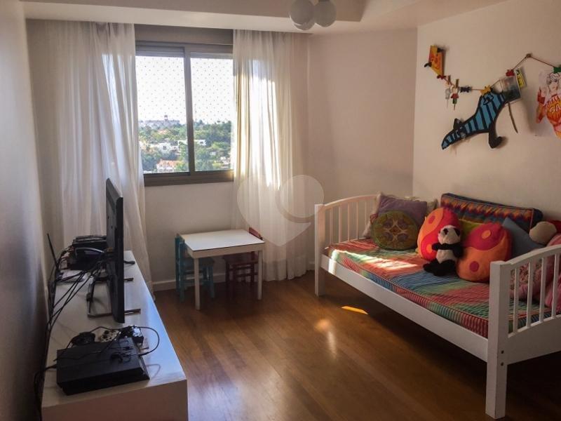Venda Cobertura São Paulo Real Parque REO121608 10