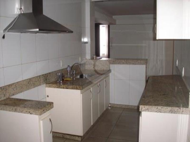 Venda Apartamento Belo Horizonte Centro REO136106 9