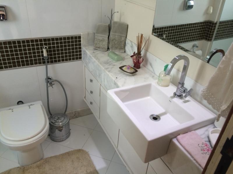 Venda Apartamento Vitória Praia Do Canto REO155268 10