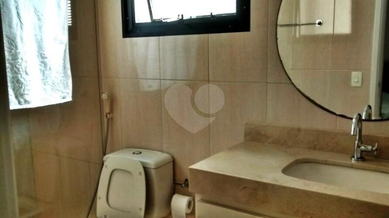 Venda Apartamento Santos Gonzaga REO157613 18