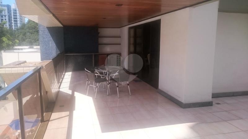 Venda Apartamento Vitória Praia Do Canto REO163497 2