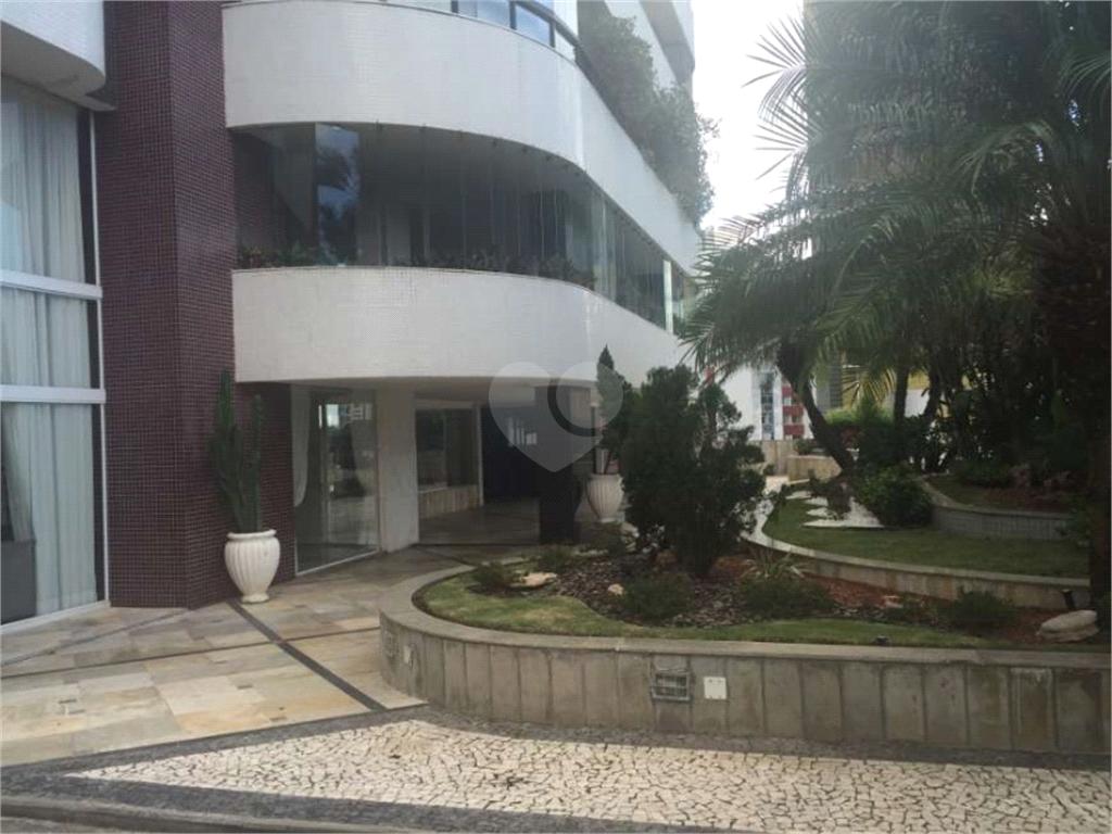 Venda Apartamento Salvador Candeal REO163901 31