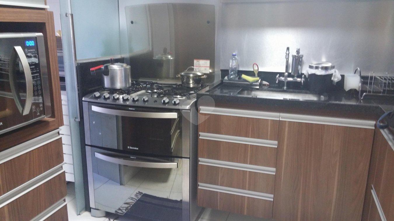 Venda Apartamento Vitória Praia Do Canto REO164024 12