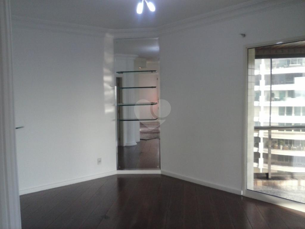 Venda Apartamento São Paulo Santana REO167174 15