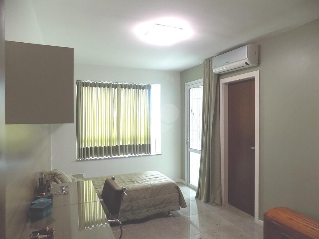 Venda Apartamento Vitória Praia Do Canto REO195784 25