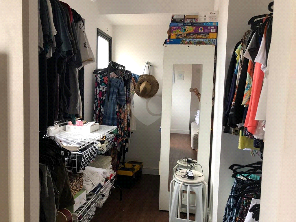 Venda Apartamento Santos Pompéia REO201736 11