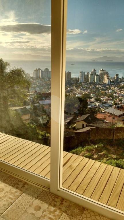 Venda Casa Florianópolis Centro REO205008 17