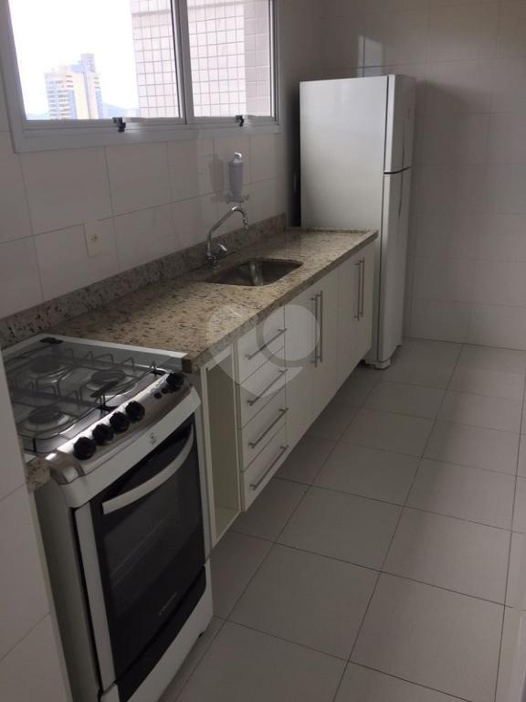 Venda Apartamento Santos Gonzaga REO211302 6