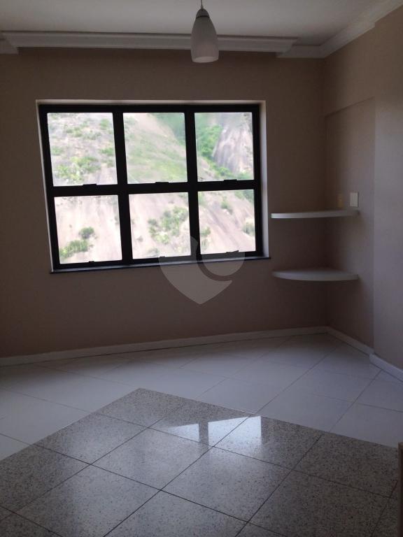 Venda Salas Vitória Santa Lúcia REO212702 1