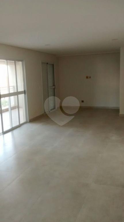 Venda Apartamento Santos Gonzaga REO215025 3