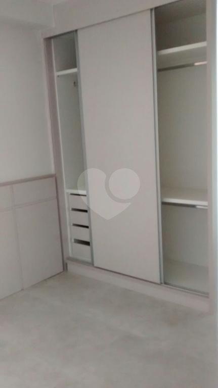 Venda Apartamento Santos Gonzaga REO215025 12