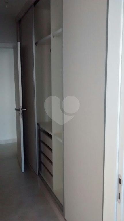 Venda Apartamento Santos Gonzaga REO215025 6