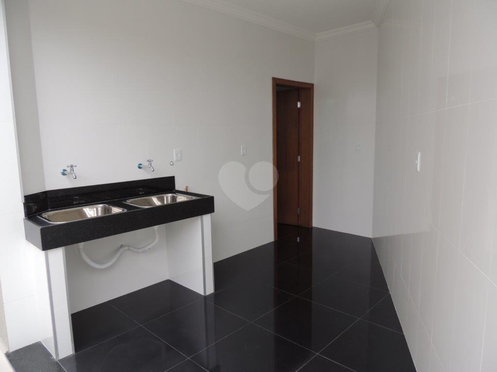 Venda Casa Belo Horizonte Santa Amélia REO238026 24