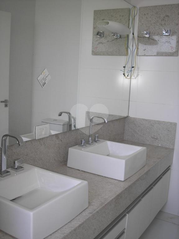 Venda Apartamento Belo Horizonte Santa Lúcia REO2418 20