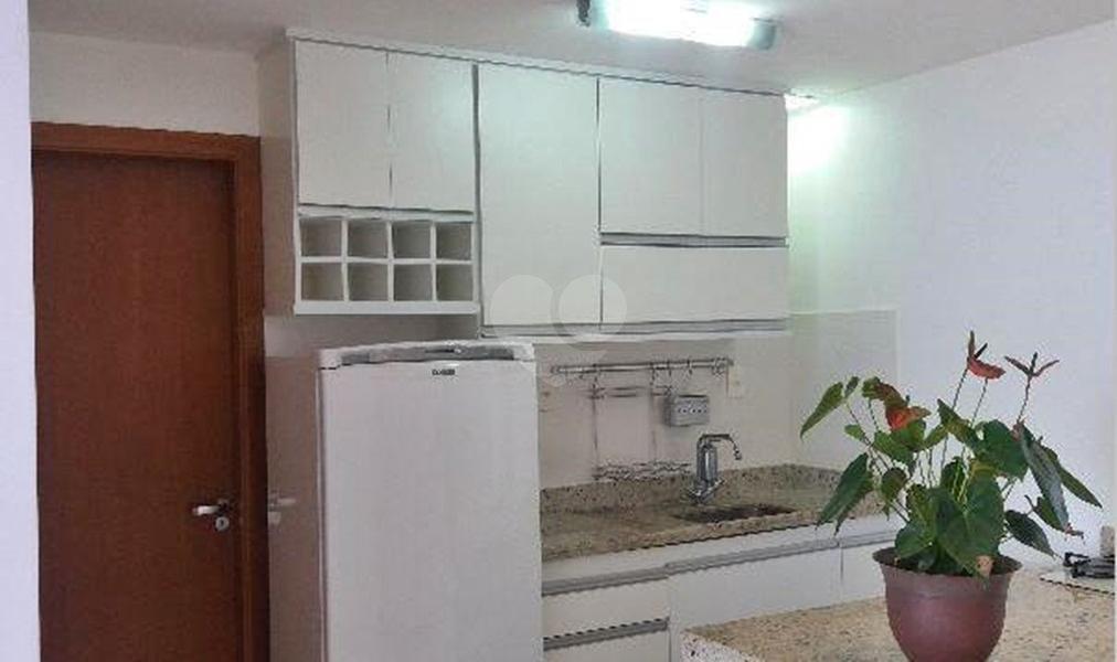 Venda Apartamento Salvador Ondina REO249037 4