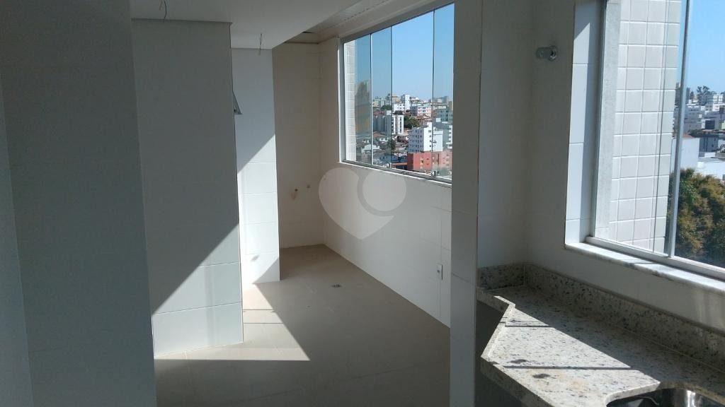Venda Cobertura Belo Horizonte Sagrada Família REO250260 13