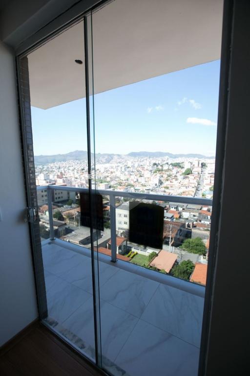 Venda Cobertura Belo Horizonte Sagrada Família REO250274 11