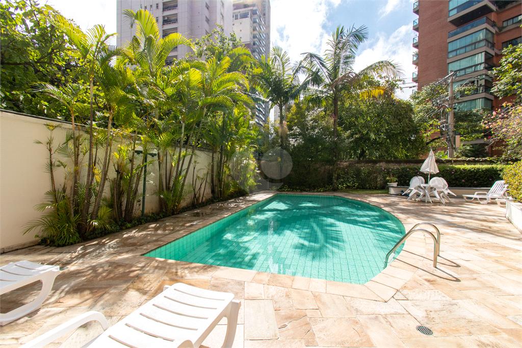 Venda Apartamento São Paulo Moema REO256017 38