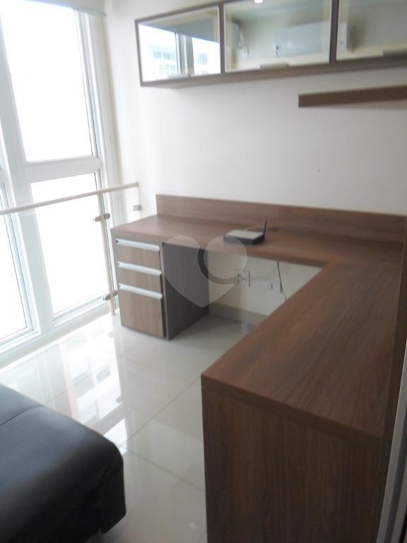 Venda Apartamento Santos Gonzaga REO262464 13