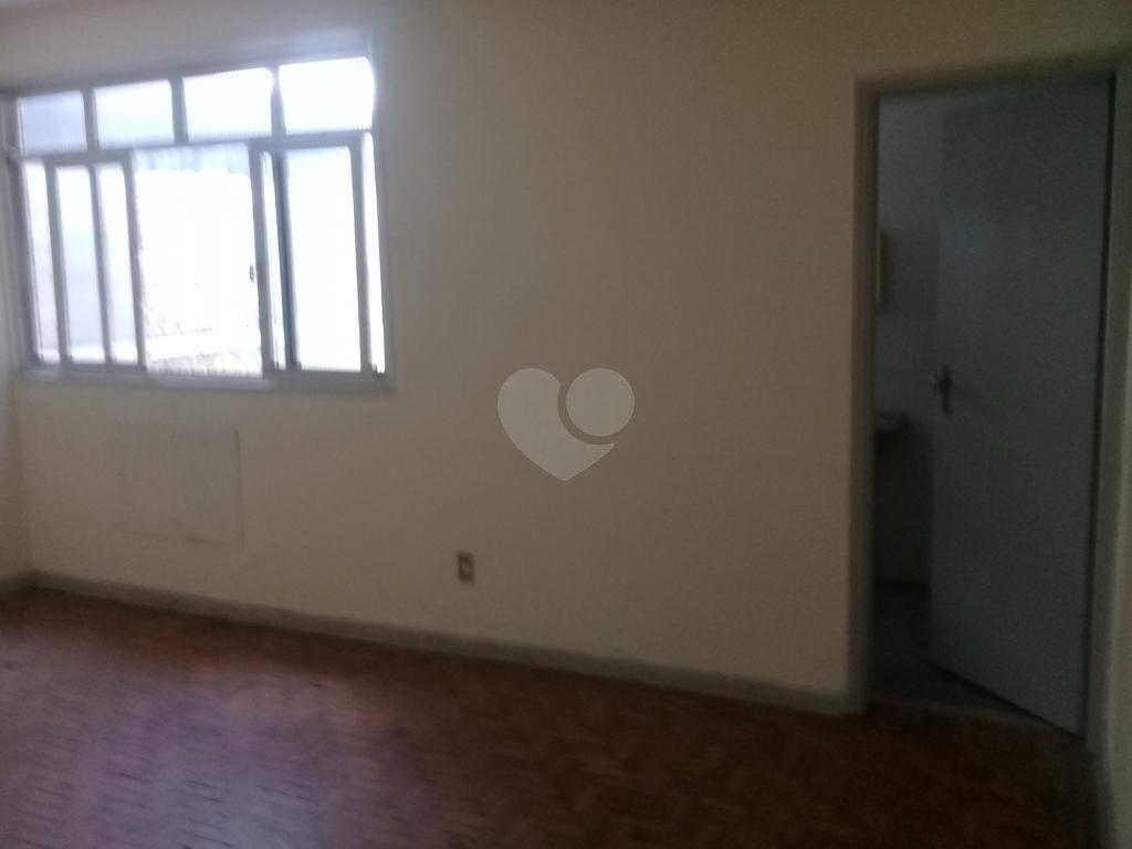 Aluguel Salas Santos Centro REO264981 10