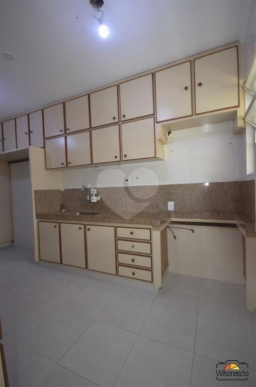 Venda Apartamento São Vicente Centro REO265109 31