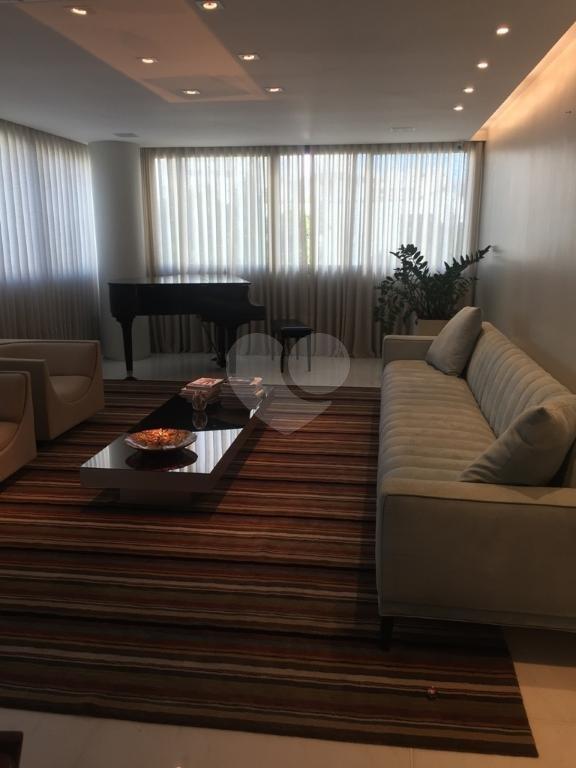 Venda Apartamento Belo Horizonte Savassi REO265861 1