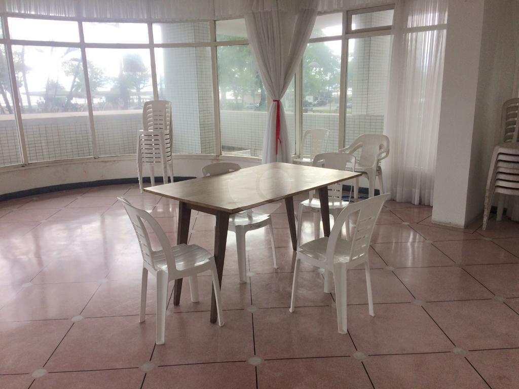Venda Apartamento Santos Aparecida REO269045 40
