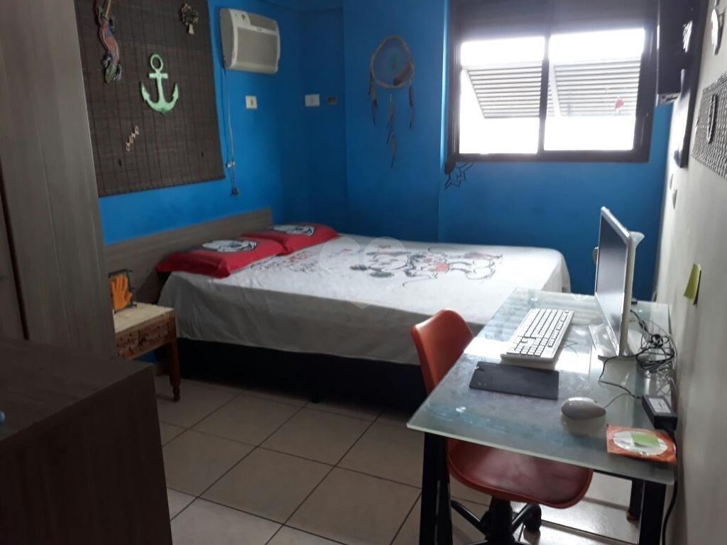 Venda Apartamento São Vicente Centro REO270444 20