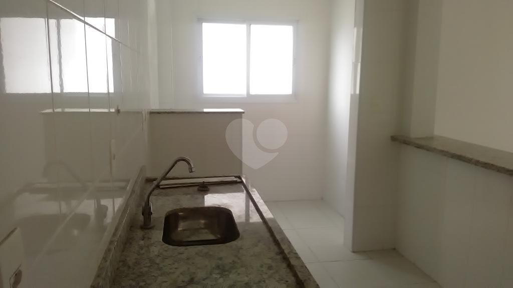 Venda Apartamento São Vicente Centro REO276892 14