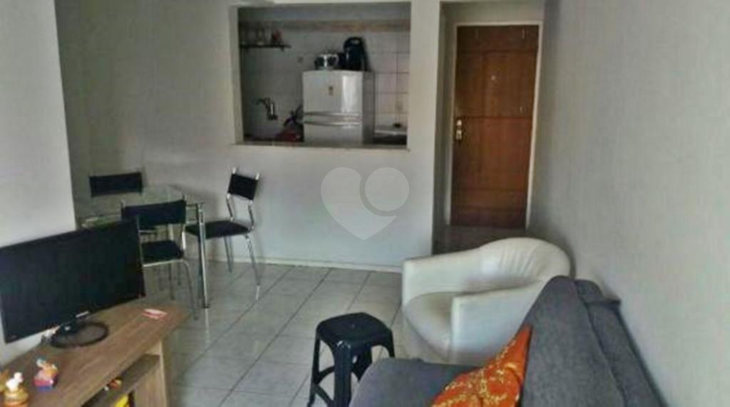 Venda Apartamento Salvador Costa Azul REO278299 1