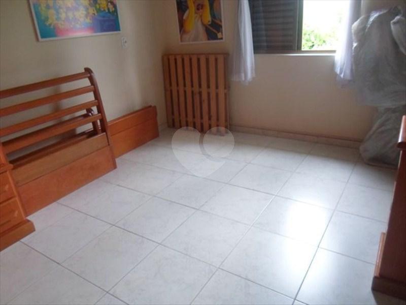 Venda Casa Santos Embaré REO288059 38
