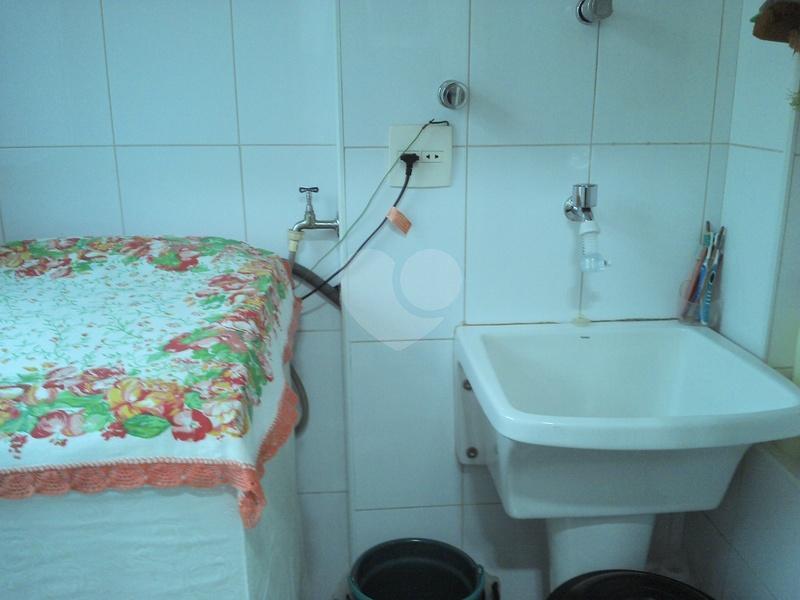 Venda Apartamento Santos Gonzaga REO288838 9