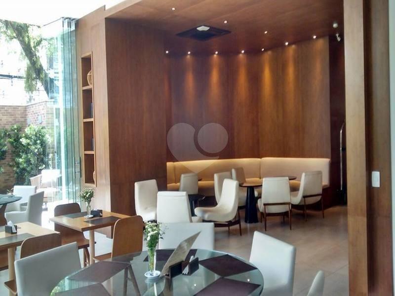 Venda Apartamento Santos Pompéia REO290366 4