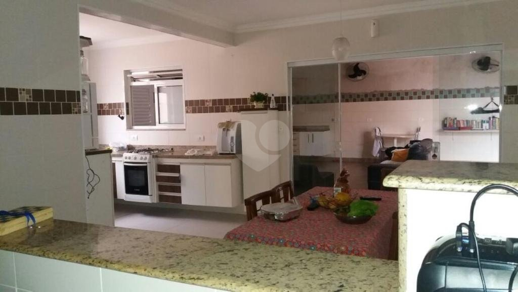 Venda Casa Guarujá Vila Ligya REO290508 4