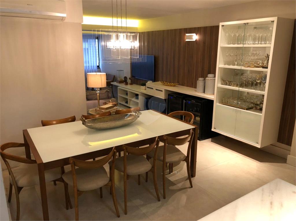 Venda Apartamento Vitória Praia Do Canto REO296641 2