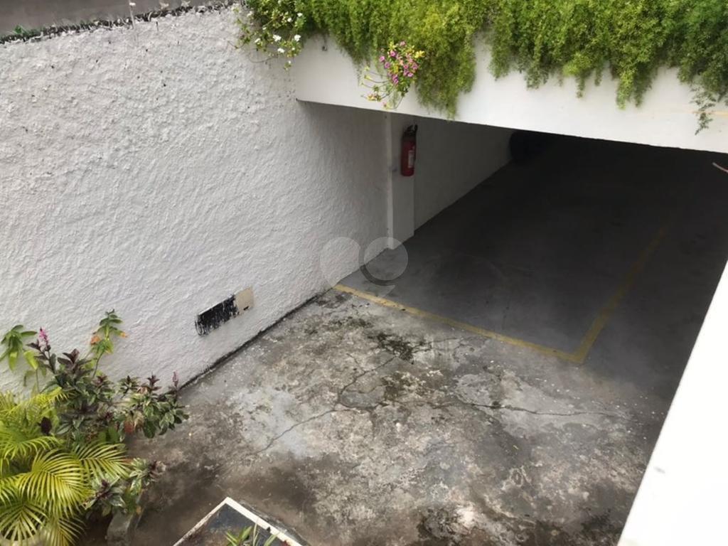 Venda Condomínio Salvador Rio Vermelho REO298465 47
