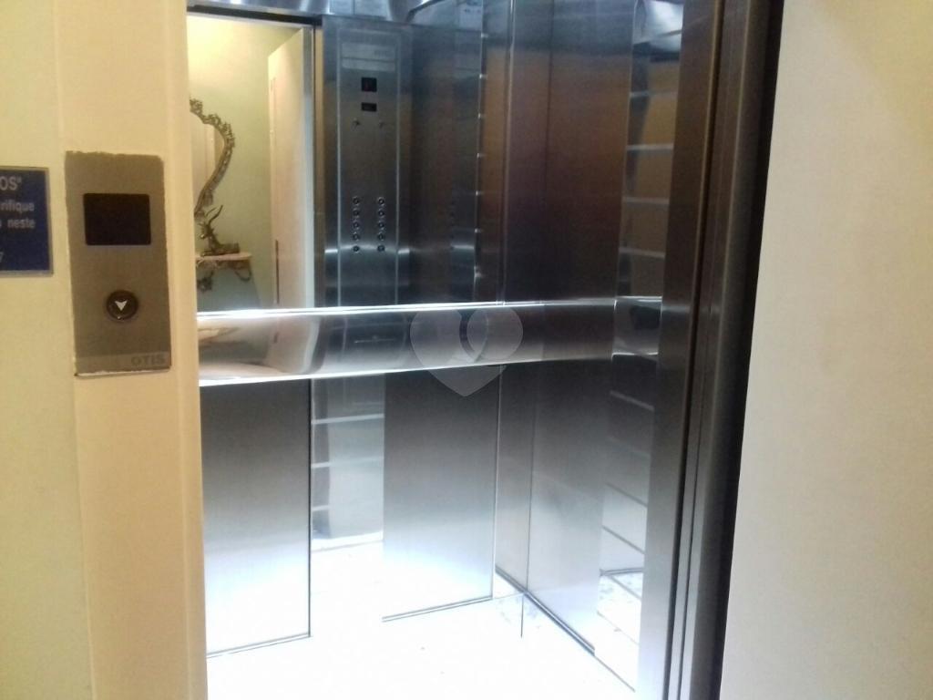 Venda Apartamento Santos Aparecida REO301080 32