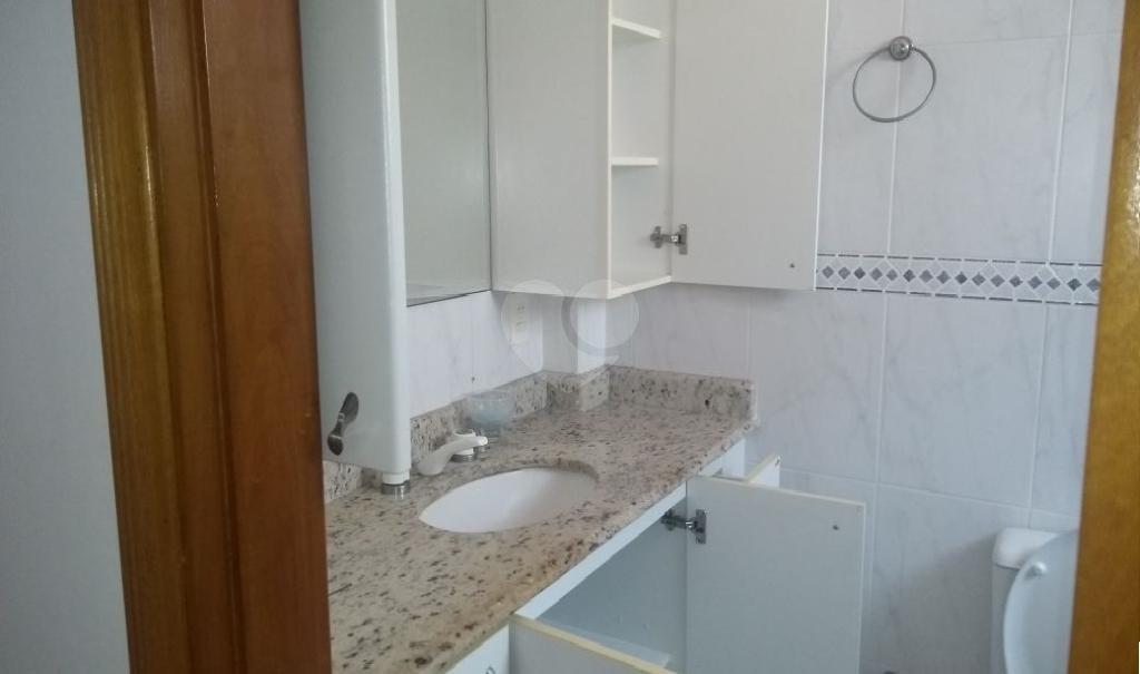 Venda Casa Santos Embaré REO309715 36