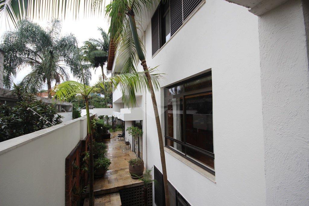 Venda Casa São Paulo Pacaembu REO31410 46