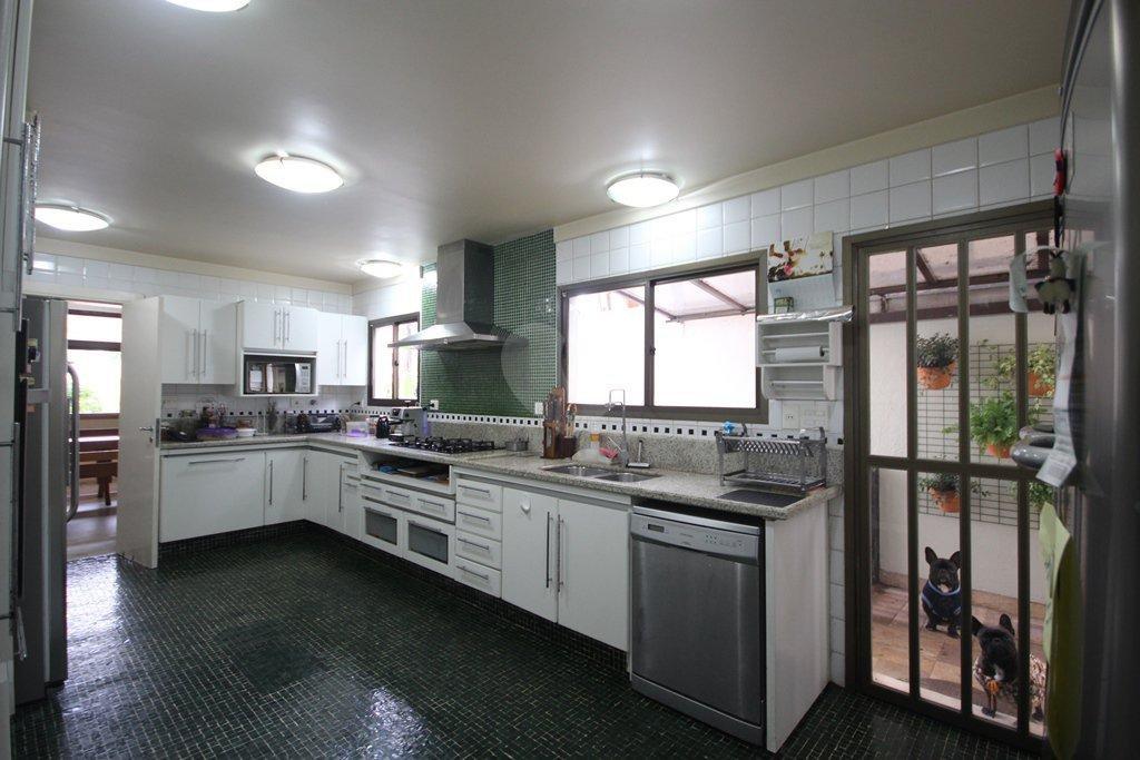 Venda Casa São Paulo Pacaembu REO31410 22