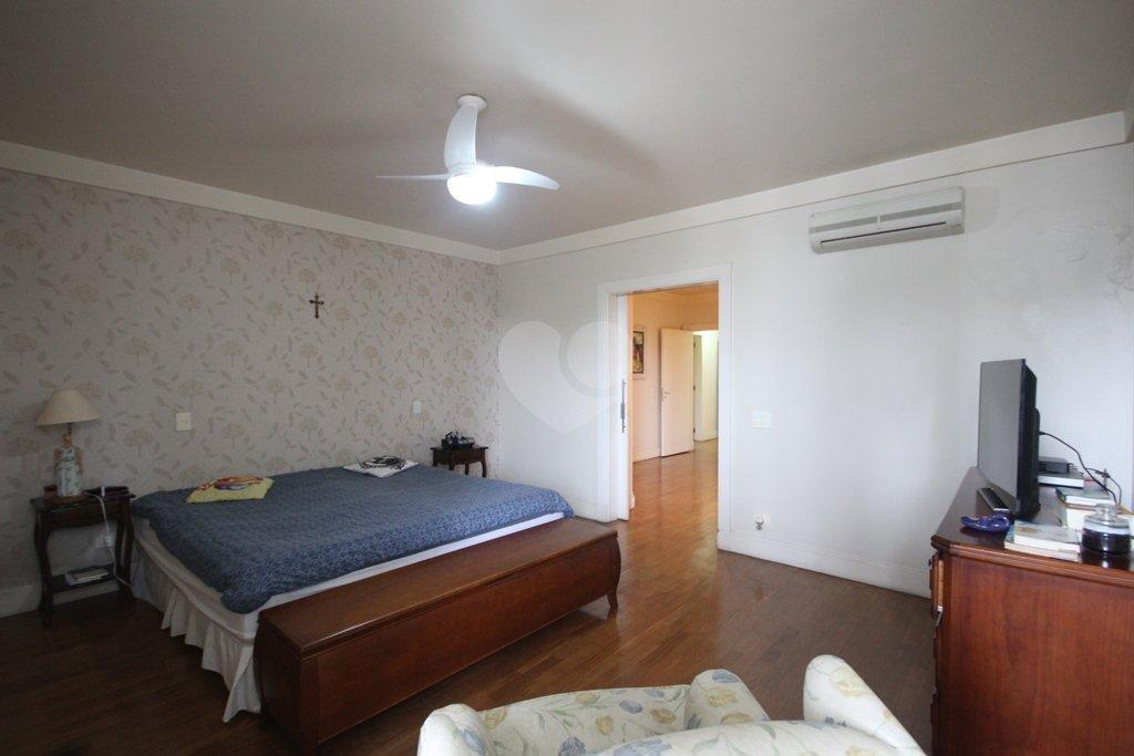 Venda Casa São Paulo Pacaembu REO31410 34
