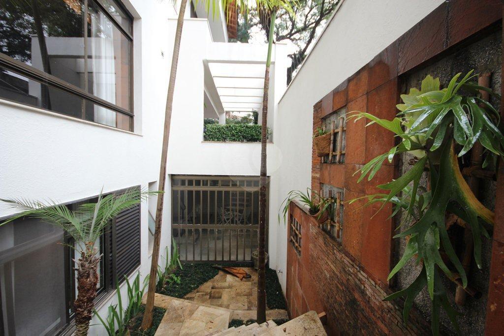 Venda Casa São Paulo Pacaembu REO31410 67
