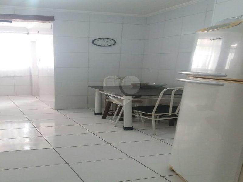 Venda Apartamento Santos Gonzaga REO317863 16