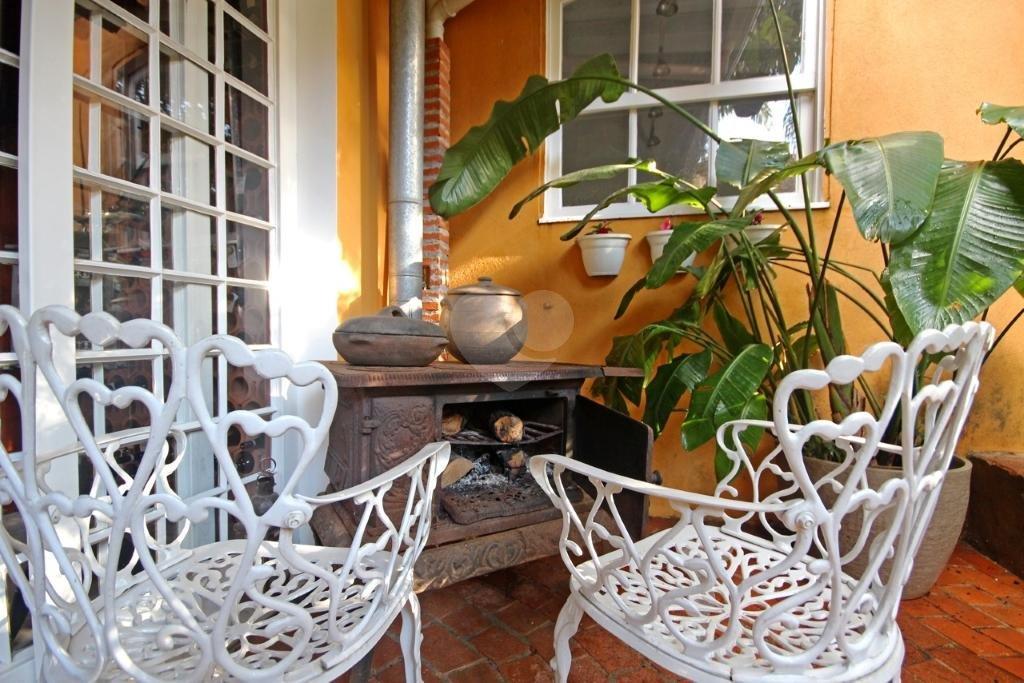 Venda Casa de vila São Paulo Pacaembu REO331142 20